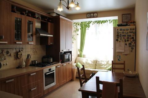Продам 3-х комнатную квартиру в кирпичном доме