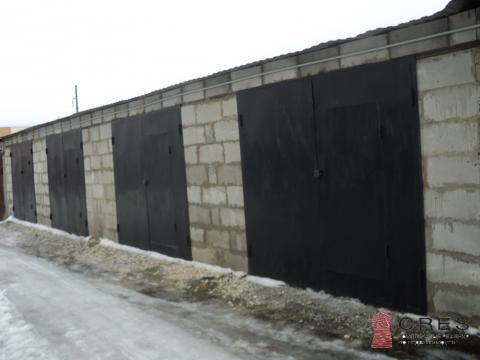 Блок гаражей в ГСК Северный