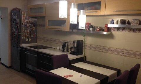 "3-комнатная квартира, 94 кв.м., в ЖК ""на ул. Гризодубовой"""