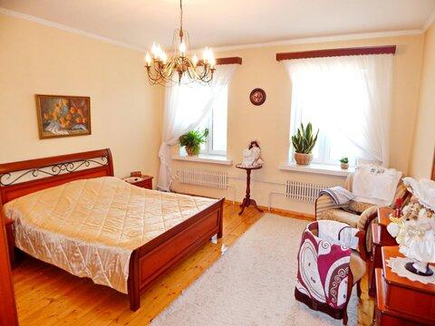 Сдается 2-ух комнатная квартира на улице Крюкова