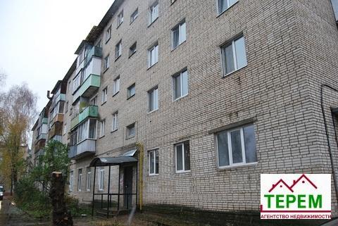 Недорогая 1 комнатная квартира по ул. Ленина, п. Большевик.