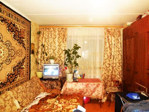 2-х ком. квартира 50 (кв.м). Этаж: 4/5 кирпичного дома.