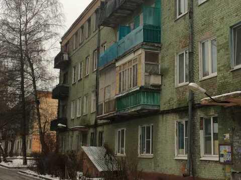 """Комната с балконом г.Серпухов р-он """"Ногина"""" ул.Текстильная"""