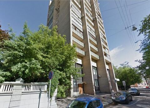Продается двухкомнатная квартира на Большой Никитской, видовая, 61/32 .