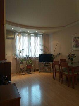 Продается трехкомнатная квартира в Крылатском
