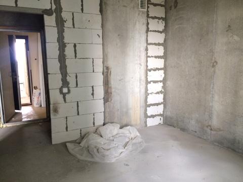 """2-комнатная квартира, 60 кв.м., в ЖК """"Изумрудные Холмы"""""""