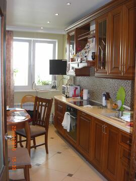 Продам 1 комнатную квартиру в г. Москве, ул. Профсоюзная 55.