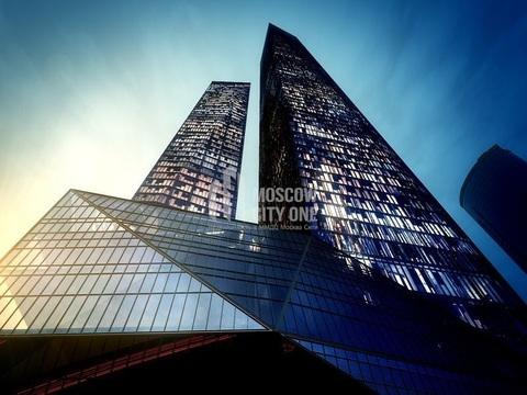 Офисный этаж в Башне око 2586 м2