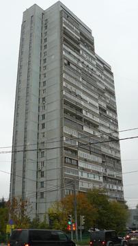 Продается 2-комнатная квартира г.Москва, ул.Давыдковская, д.5 на 3/24