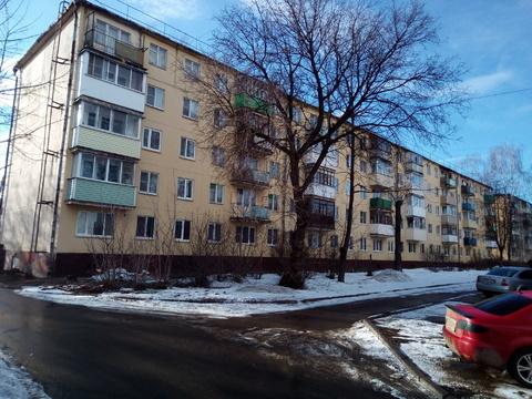 Продается 2-комнатная квартира в п.Строитель