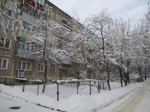 Продам 1к. кв. в г. Серпухов, ул. Космонавтов 15 б.