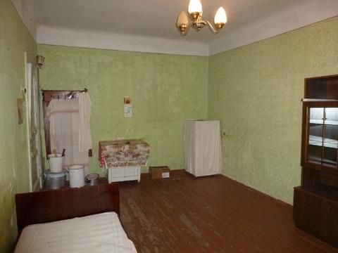 Две комнаты в трехкомнатной квартире