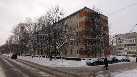 Продам 1-к квартиру в кирпичном доме в Ступино, Московская область.