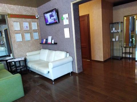 Помещение 105 кв.м. в центре города, в элитном жилом комплексе.