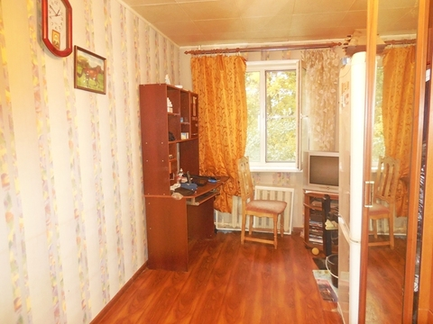 Комната в 2-х ком. квартире 10 (кв.м). Этаж: 2/5 панельного дома.