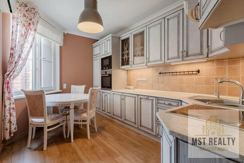 Просторная и функциональная трехкомнатная квартира в Видном