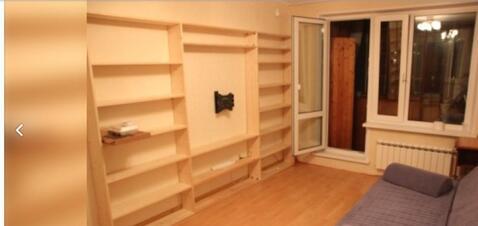 Продаётся 2-комнатная квартира по адресу Молдагуловой 11к2