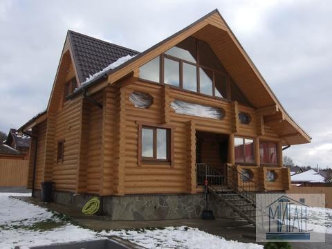 Великолепный дом по Симферопольскому шоссе.