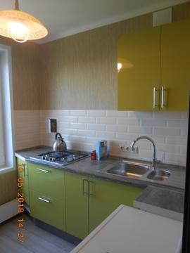 Комнату 17 кв.м в 3-х комнатной квартире рядом с м.Коньково