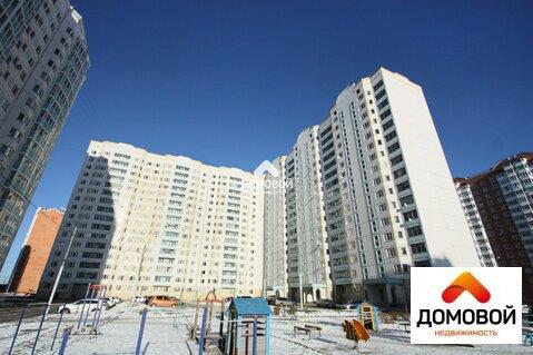 Огромная 3-комнатная квартира в новом доме, мкр. Ивановские Дворики