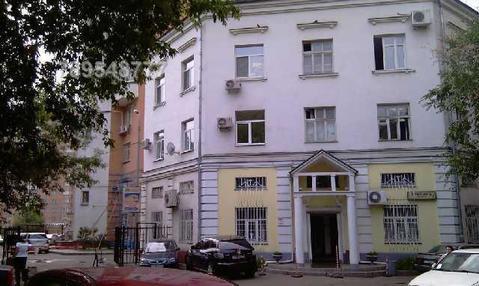 Офис удобно расположен в культурно-историческом центре Москвы.