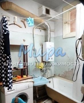 Продается просторная комната 20 кв.м. в большой 4-х комнатной квартир