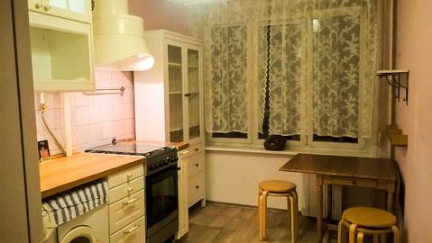 Сдается просторная, светлая, уютная квартира.