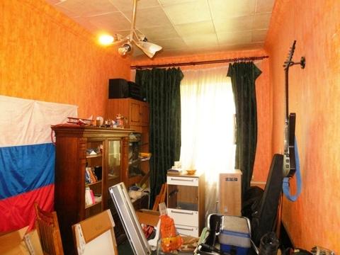 Комната в 3-х ком. квартире 15 (кв.м) на 1/2 блочного дома.