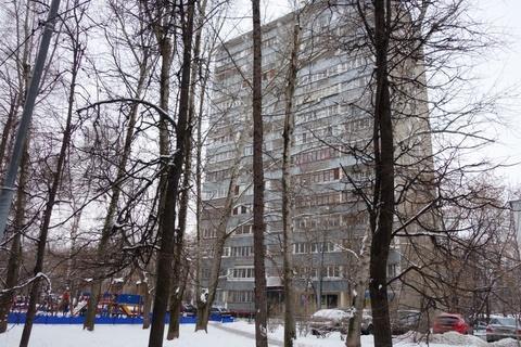 Продаю 2-ком. квартира, м. Октябрьское поля ул. М. Тухачевского д.25к3
