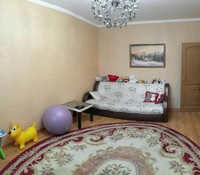 Продается просторная двухкомнатная квартира. Метро Борисово.