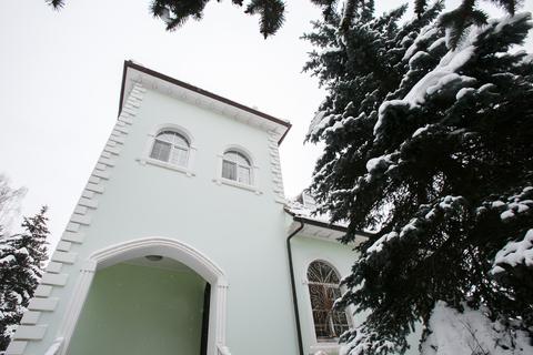 МО, Нарофоминский район, г. Апрелевка, ул. Спортивная д.33