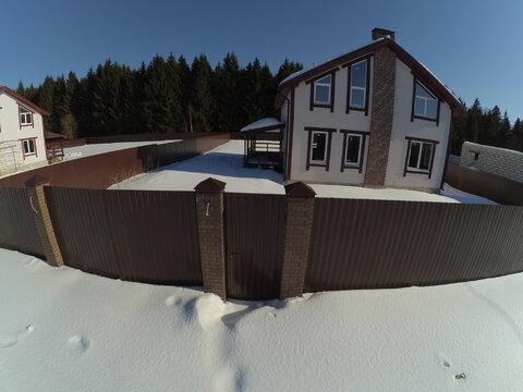 Новый дом 211 кв.м. 10 соток