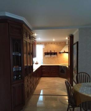 Продаётся 1-комнатная квартира по адресу Каменщики М. 4