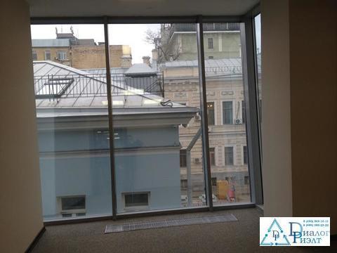 Офис 196 кв.м. с панорамными окнами 2 мин. пешком от метро Боровицкая