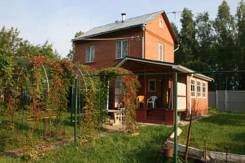 Дом 60 кв. из кирпича на 12 сот. с банькой в д.Назарьево