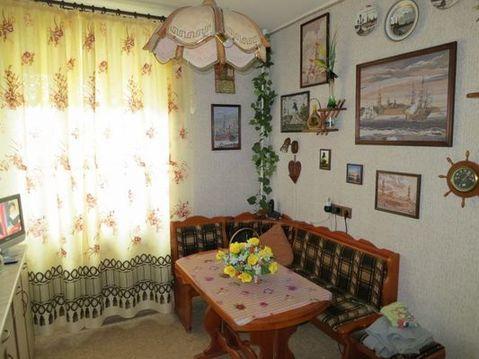Продам двухкомнатную (2-комн.) квартиру, Вересаева ул, 10, Москва г