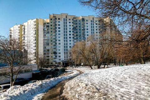 Продам 2-комн. кв. 54 кв.м. Москва, Паустовского