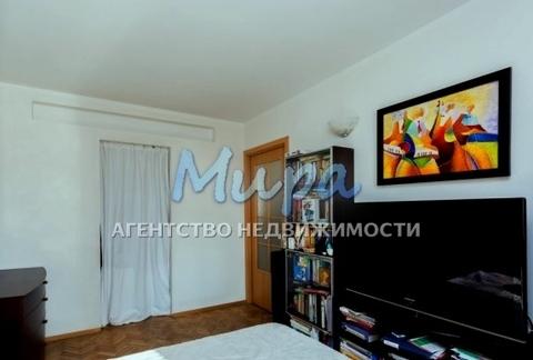 Продаю стильную и просторную двух комнатную квартиру. В квартире сде