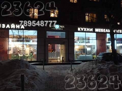 Продаётся торговое помещение 598 кв.м. на первой линии домов.