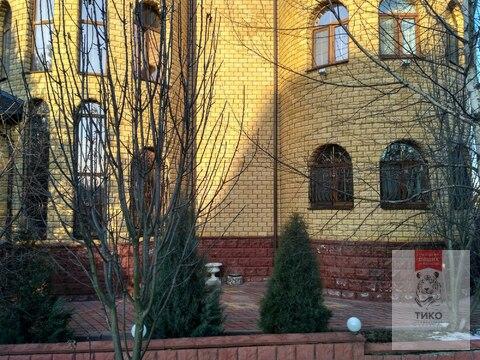 Дом 3 этажа/ 700м2. Кокошкино ул.Дзержинского дом 18
