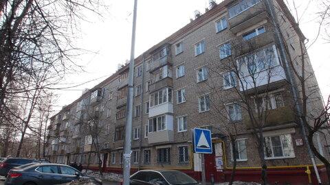 Москва, ул. Сходненская, дом 33к1