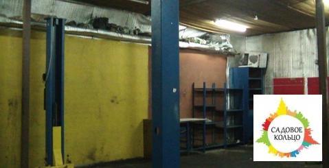 Под автосервис, гараж бокс, на 4 машиноместа, подъемник, выс. потолка: