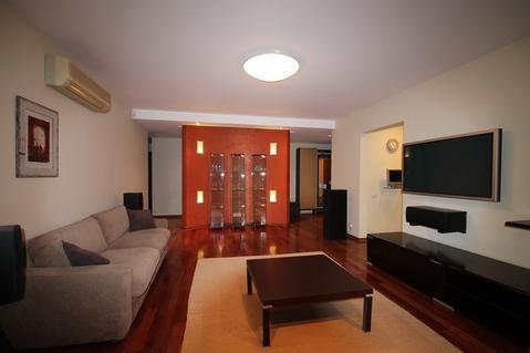 Просторная квартра с оригинальной планировкой полностью оснащенная