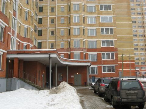 Химки, 3-х комнатная квартира, ул. 8 Микрорайон д.20, 4000000 руб.