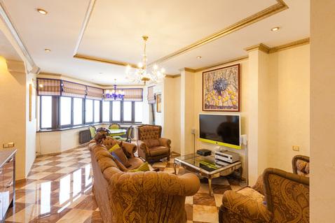3-х комнатная квартира 110 кв. м в ЖК бизнес- класса м. Юго-Западная