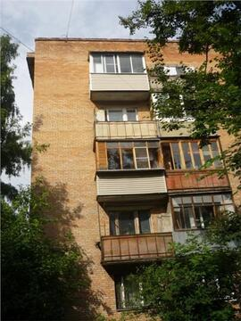 Продаётся комната в центре Мытищ.