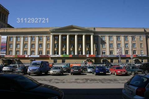 Торговые помещения в центре культуры и бизнеса «Москва-Сокол». 5 мин