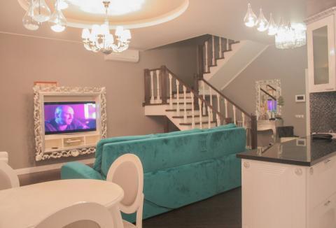 Шикарная двухуровневая квартира для Вас и Вашей семьи!
