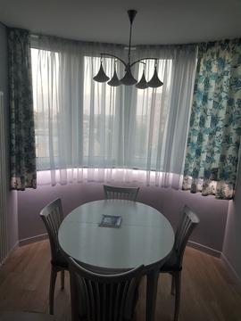 Продается 2 комнатная квартира 54 метра с дизайнерским ремонтом.