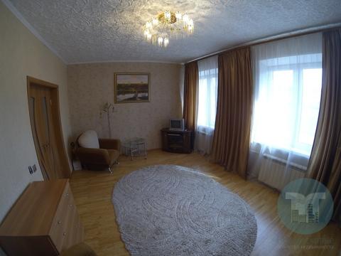 Продается трехкомнатная квартира.